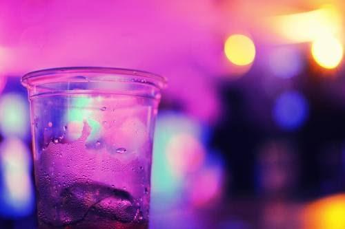 """""""Purple drank"""", il cocktail viola è la droga dei giovanissimi"""